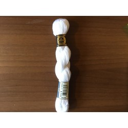 Coton perlée N°5 DMC Blanc
